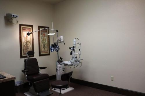Optometrist equipment